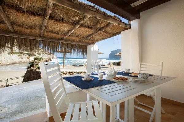 Hotel Pictures: Barques 2, Cala de Sant Vicent