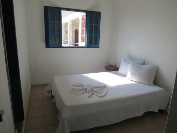 Hotel Pictures: Apartamento em Castelhanos, Anchieta