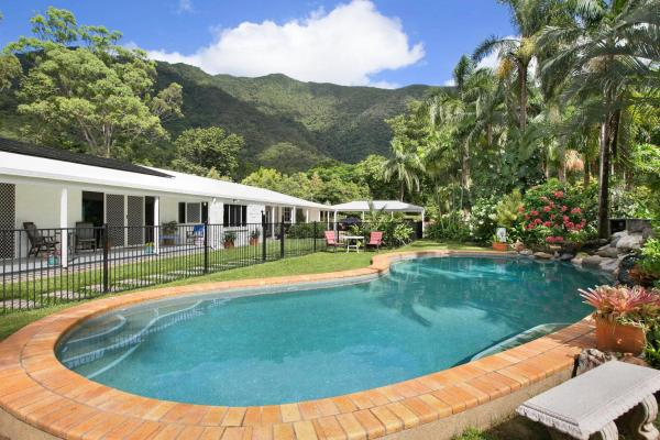 Hotelbilleder: Jungara Cairns Bed and Breakfast, Redlynch