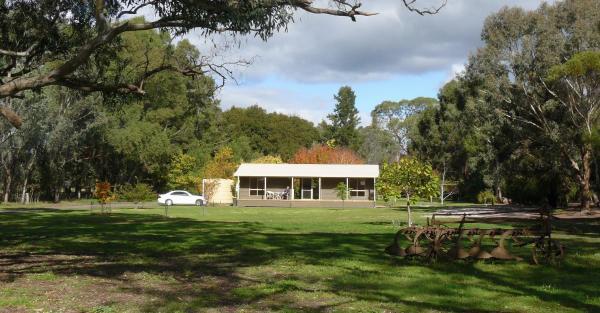 Zdjęcia hotelu: Camawald Coonawarra Cottage B&B, Coonawarra