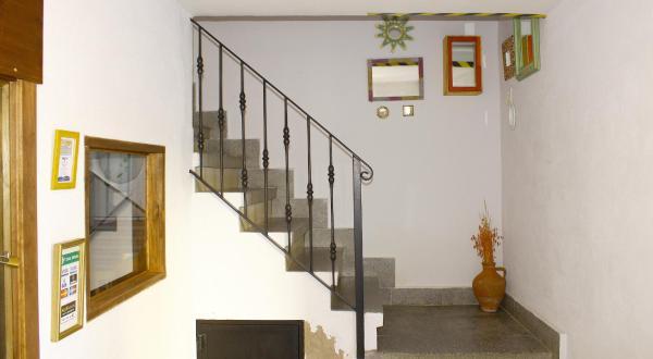 Hotel Pictures: Apartamentos Puenteviejo, Arenas de San Pedro