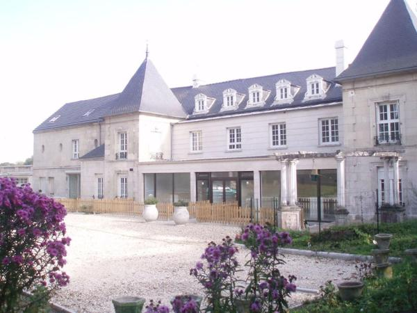Hotel Pictures: , Pont-Sainte-Maxence