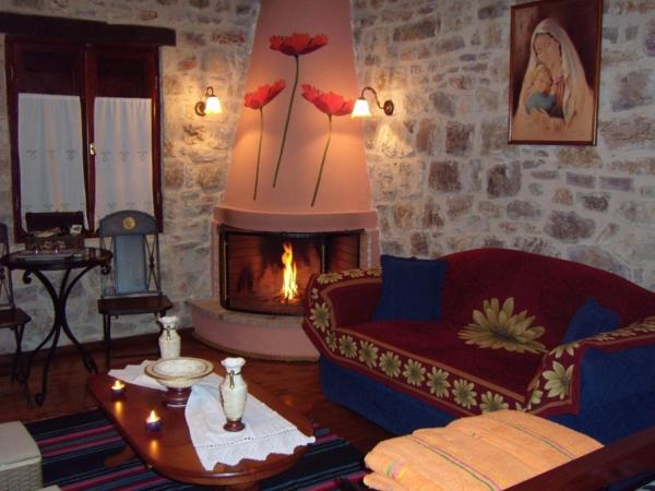 Double Room with Seating Area and Fireplace