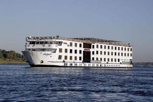Hotel Pictures: Moevenpick MS Royal Lily Cruise - Luxor / Aswan - 04 Nights each Monday - 3 Nights each Friday, Luxor