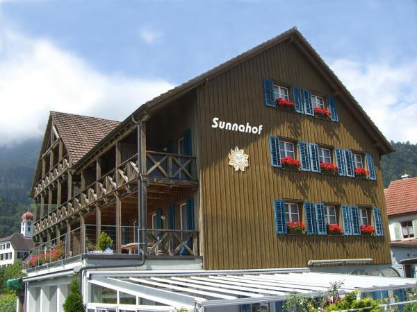 Hotel Pictures: Bildungszentrum Sunnahof, Oberschan