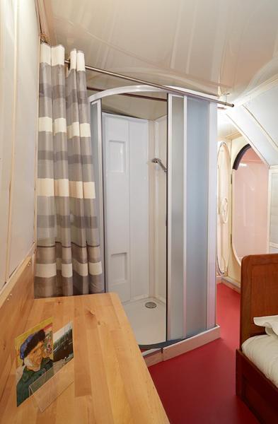 Hotel Pictures: Péniche Daphné, Auvers-sur-Oise