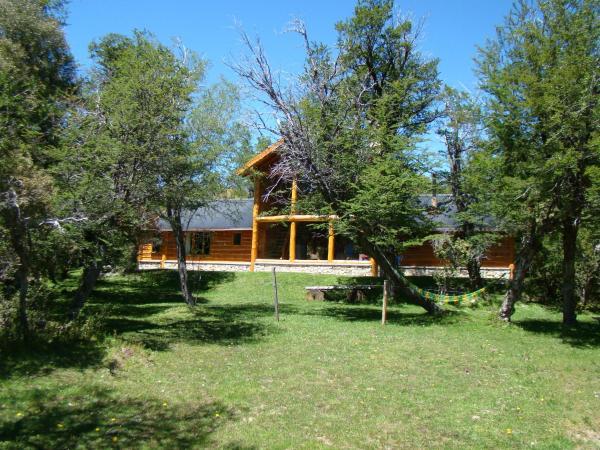 Hotellikuvia: Cabaña San Esteban-Lago Cholila, Cholila