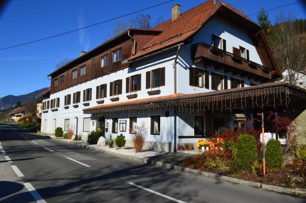 Foto Hotel: Gasthof Rachoi, Sankt Georgen im Gailtal