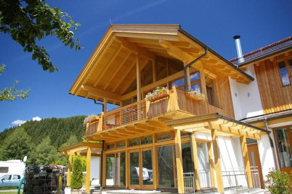 Hotel Pictures: Alpencamp Kärnten, Kötschach