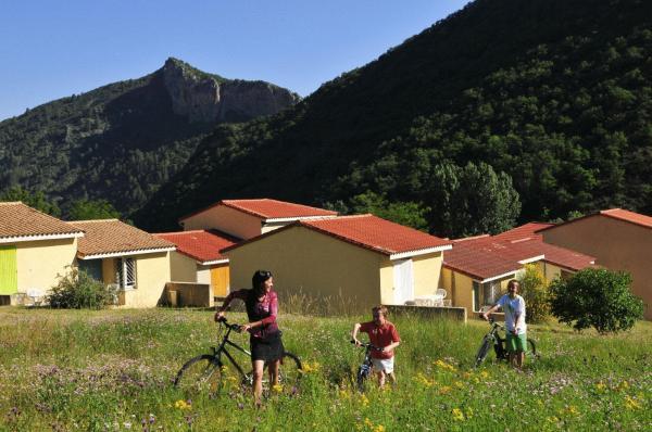 Hotel Pictures: Le Vallon Des Sources, Digne-les-Bains