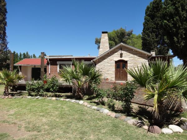 Фотографии отеля: Treehouse Hostel, Salto de las Rosas
