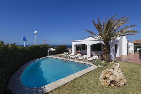 Hotel Pictures: Villa Miguel, Calan Bosch