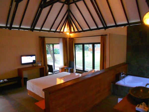 One-Bedroom King Bungalow