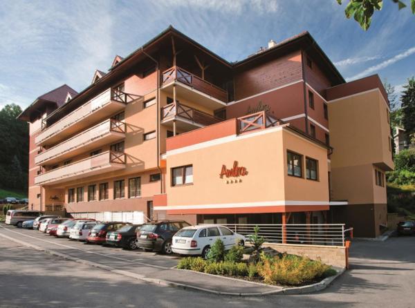 Hotel Pictures: Wellness Hotel Rezidence Ambra, Luhačovice