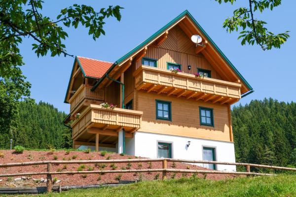 Hotelbilleder: Ferienhaus Hochfelner, Sankt Marein bei Knittelfeld