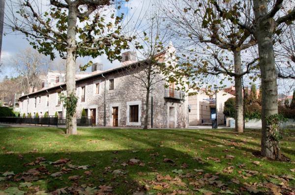 Hotel Pictures: Apartamentos María Luisa, Burgos