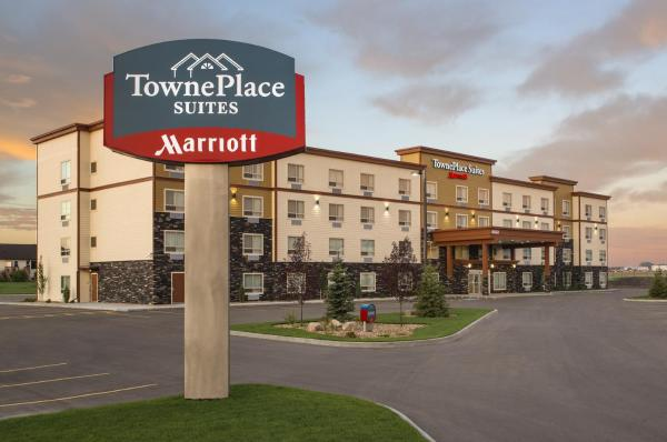 Hotel Pictures: TownePlace Suites by Marriott Red Deer, Red Deer
