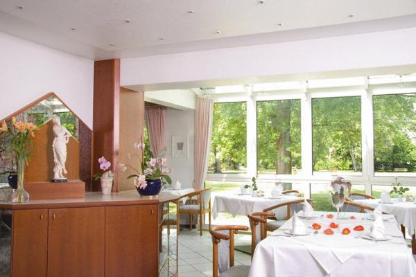Hotel Pictures: Kurhotel Kaiser, Bad Wörishofen