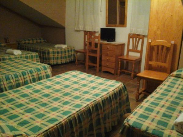 Hotel Pictures: Hostal Piñera, Vega de Espinareda