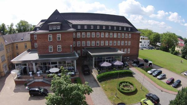 Hotel Pictures: Hotel am Schlosspark, Güstrow