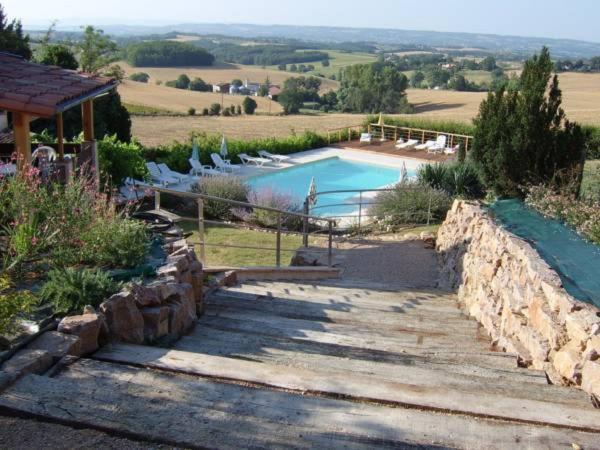 Hotel Pictures: Domaine de Manavit-haut, Cadalen