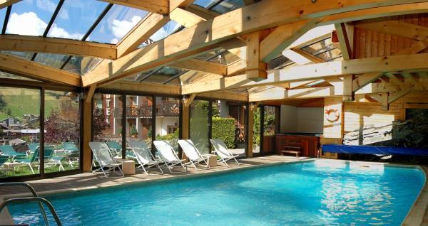 Hotel Pictures: Hôtel Résidence Loisirs Les Côtes, Morzine