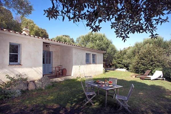 Hotel Pictures: Villa in L Extreme Sud VII, Sotta