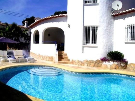 Hotel Pictures: Villa in Alicante Calpe II, Casas de Torrat