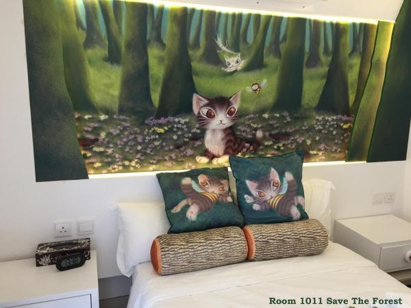 Themed Room 1011 Save The Forest