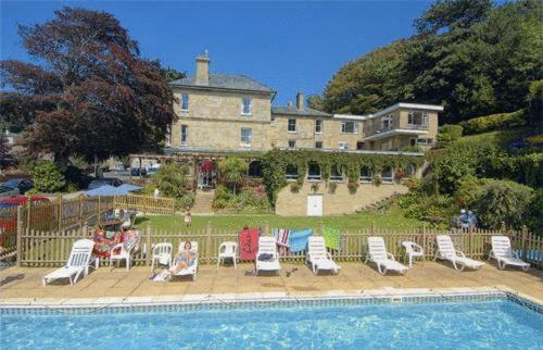 Hotel Pictures: Eversley Hotel, Ventnor