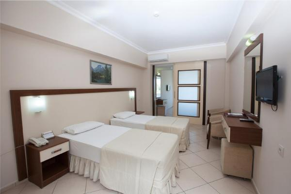 Family Room with Sea View (3 Adults + 2 Children)