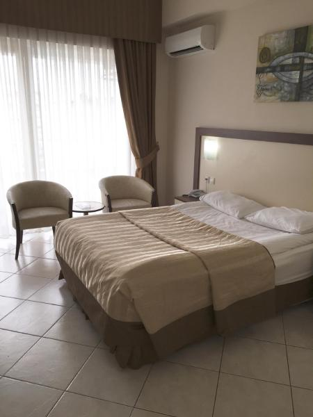Standard Double or Twin Room with Land View