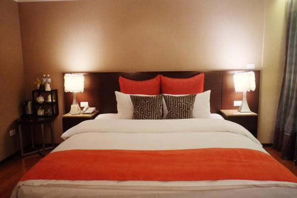 Special Offer - Classic Double or Twin Room (Must check in after 22:00)