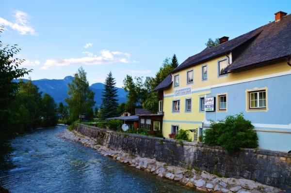 Foto Hotel: Brückenwirt, Aigen im Ennstal