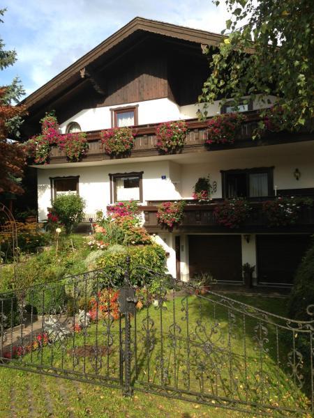 Foto Hotel: Haus Wondrak, Zell am Moos