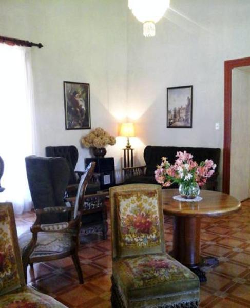 Hotel Pictures: La Casona Solariega, Villa Alegre