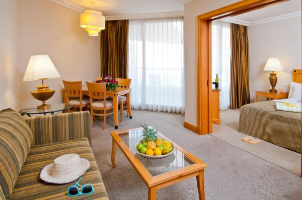 Royal Two Bedroom Suite with Balcony (2 adults + 4 children)