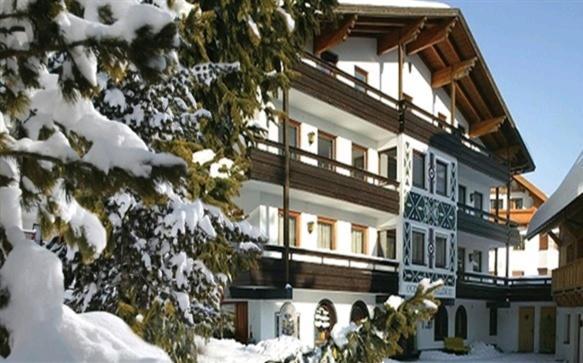 Foto Hotel: Chalet / Pension Alber, Sankt Anton am Arlberg