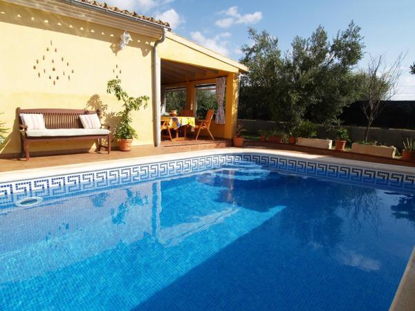 Hotel Pictures: Villa Can Parets, Santanyi