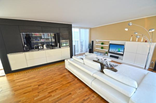 Hotel Pictures: Penthouse Schmittenview Zell am See, Zell am See