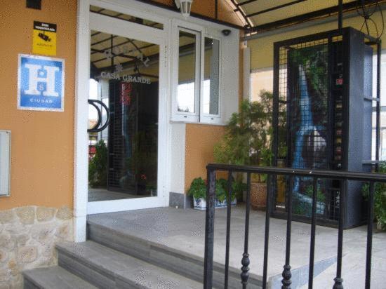 Hotel Pictures: Hostal Restaurante Casa Grande, Baza