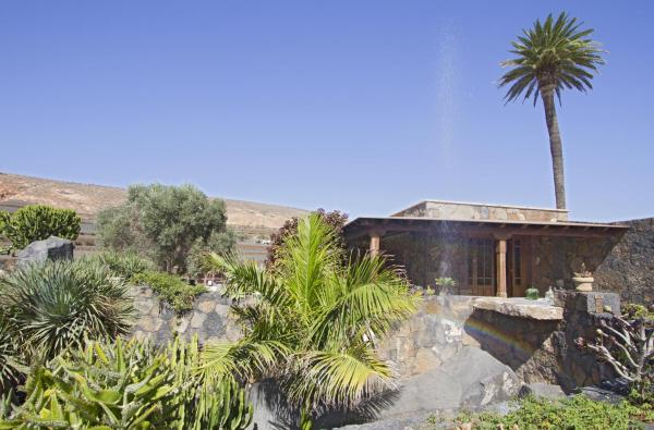 Hotel Pictures: Villa Remedios, Teguise
