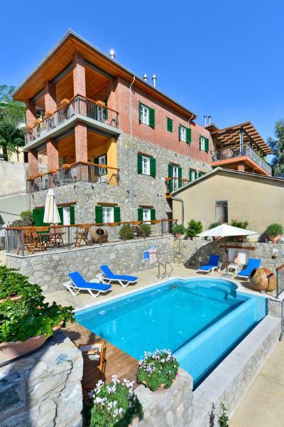 Hotel Pictures: Vasilikis House, Kalopanayiotis