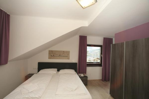 Small Double Room with Balcony and Lake View