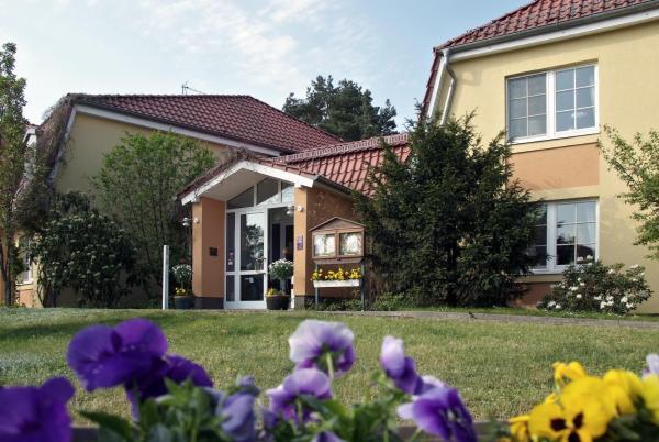 Hotel Pictures: Hotel Zum Leineweber, Burg