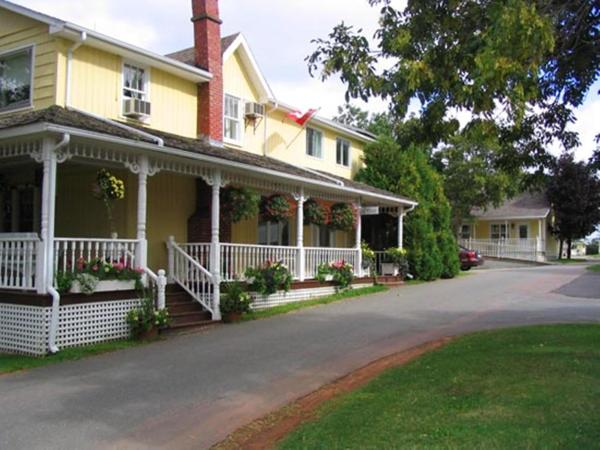 Hotel Pictures: Shining Waters Country Inn, Cavendish