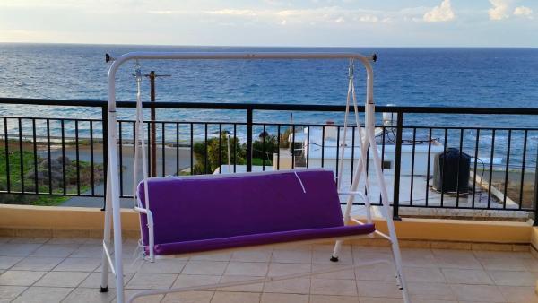 Hotel Pictures: Getaway Villa, Pomos