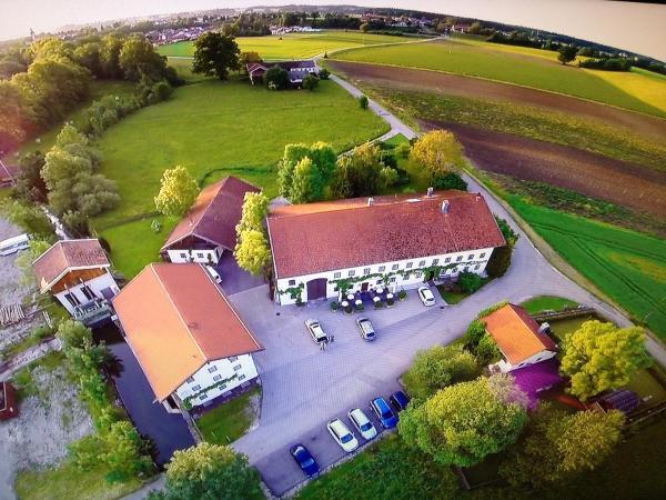 Hotel Pictures: , Traunreut