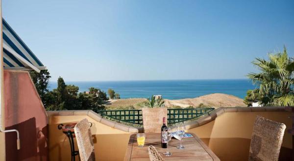 Hotel Pictures: Villa Maragani Charme & Relax, Sciacca