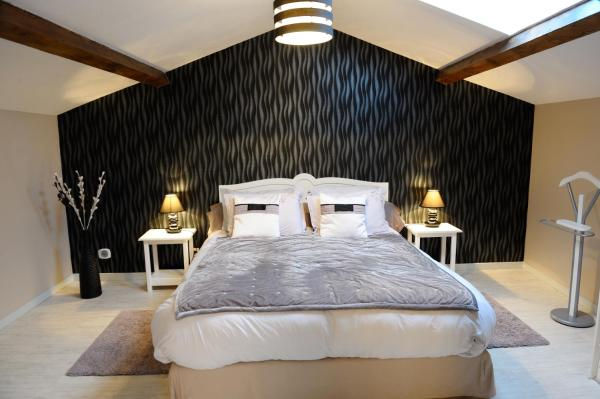 Hotel Pictures: Chambre d'Hôtes des Lys, Montbrison